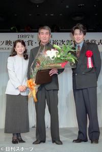 【エンタメ】渡哲也さんに特別賞 舘ひろし夢で会えた/映画大賞