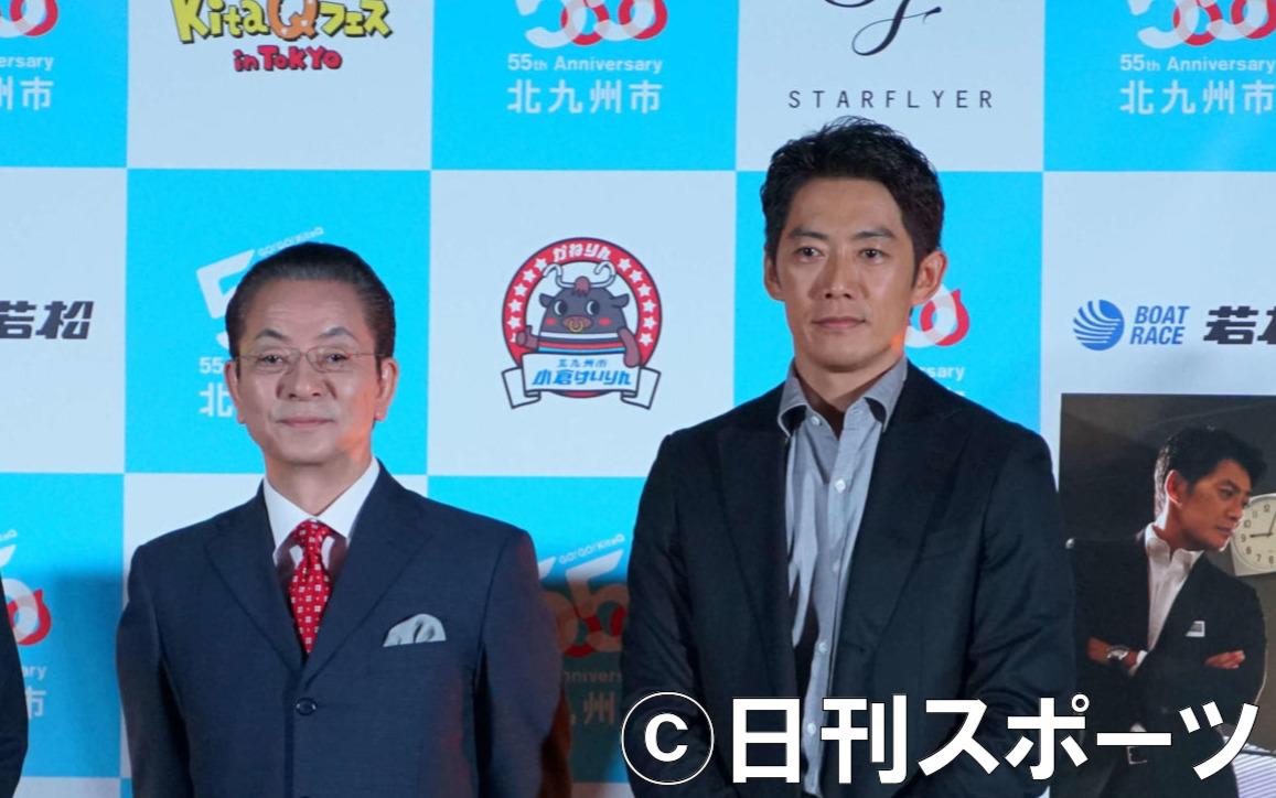 水谷豊、反町隆史(右)(2018年10月20日撮影)