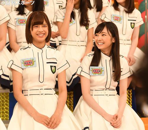 「KEYABINGO!」の会見に出席した渡辺理佐(左)と今泉佑唯(2016年6月23日撮影)