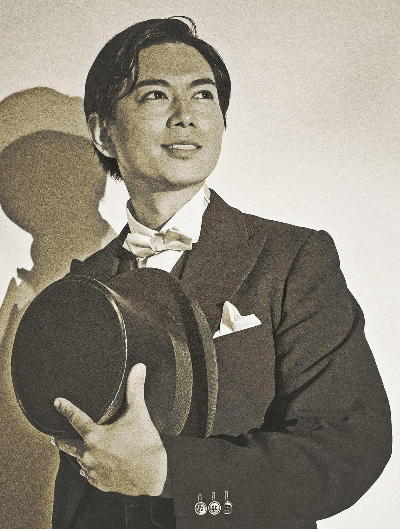 舞台「モダンボーイズ」に主演する加藤シゲアキ