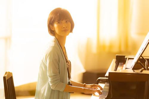 フジテレビ系「青のSP(スクールポリス)-学校内警察・嶋田隆平-」第3話でピアノ演奏を披露した明日海りお