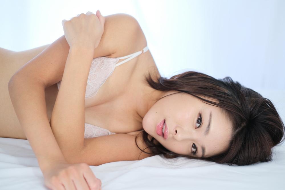デジタル写真集「初セクシーショット」などが好調な野田すみれ