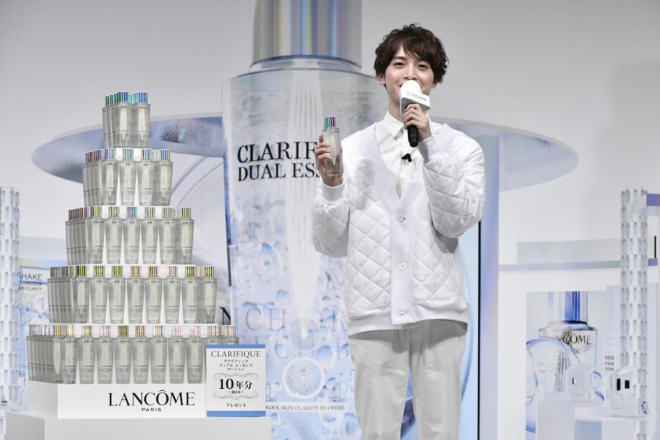 化粧品ブランド「ランコム」のオンライン記者発表会に出席した玉森裕太