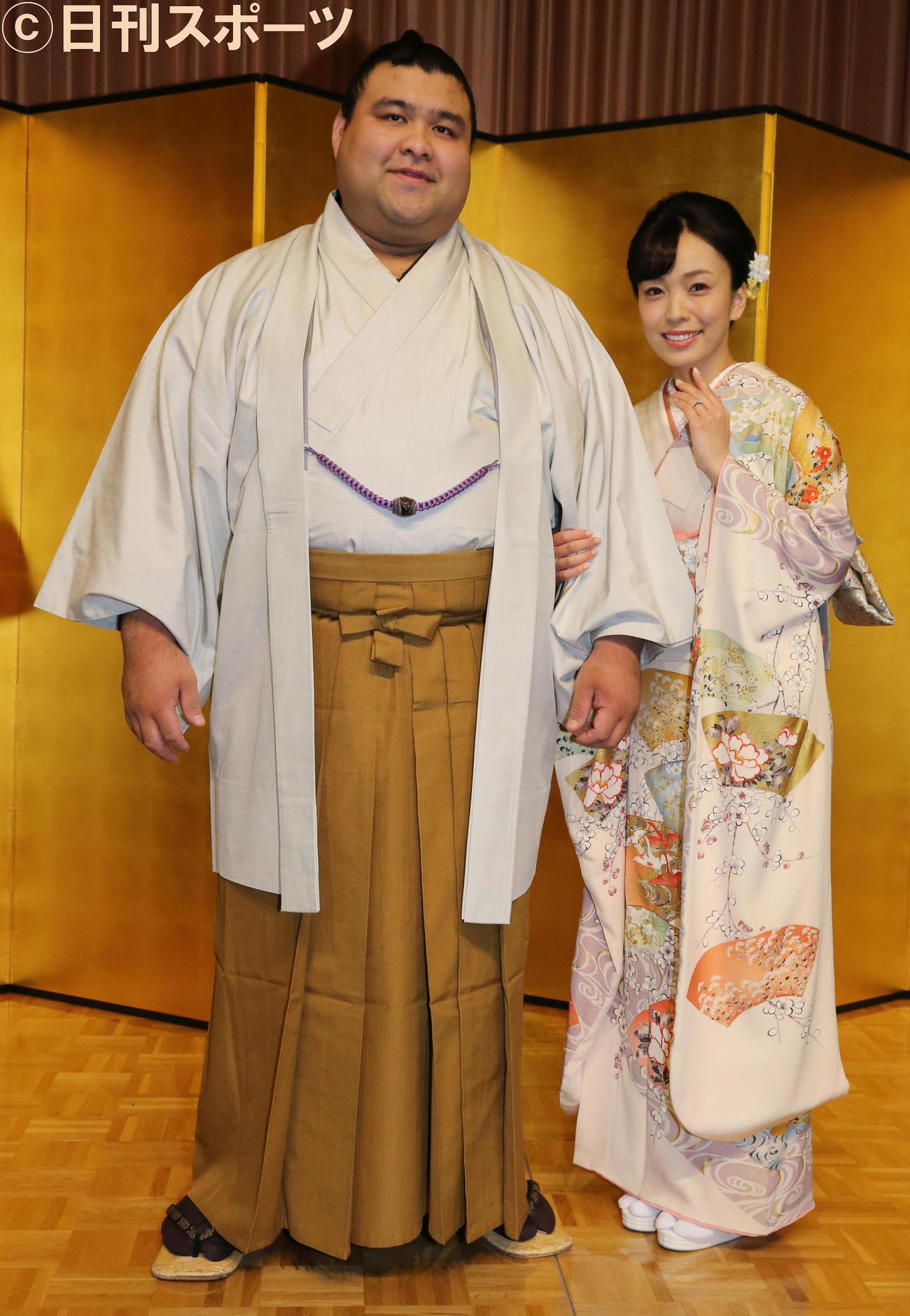 高安(左)と杜このみ(2019年10月31日撮影)
