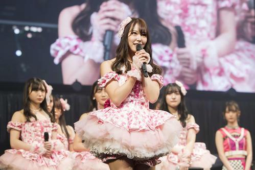 「NAMBATTLE~戦わなNMBちゃうやろっ!~」の決勝大会で、グループからの卒業を発表した白間美瑠(C)NMB48