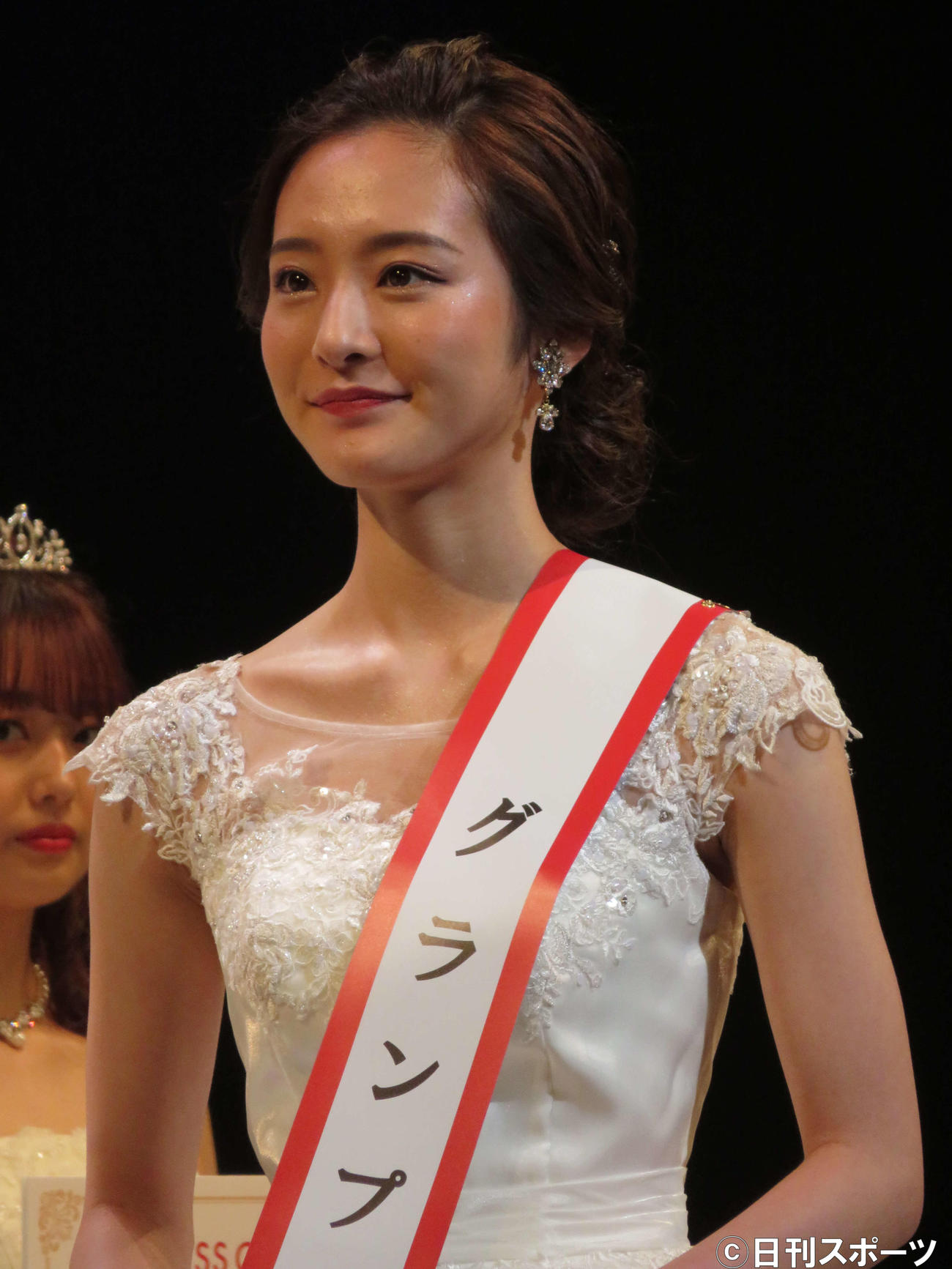 「MISS OF MISS CAMPUS QUEEN CONTEST 2021 supported by リゼクリニック」でグランプリを受賞した神谷明采さん(撮影・三須佳夏)