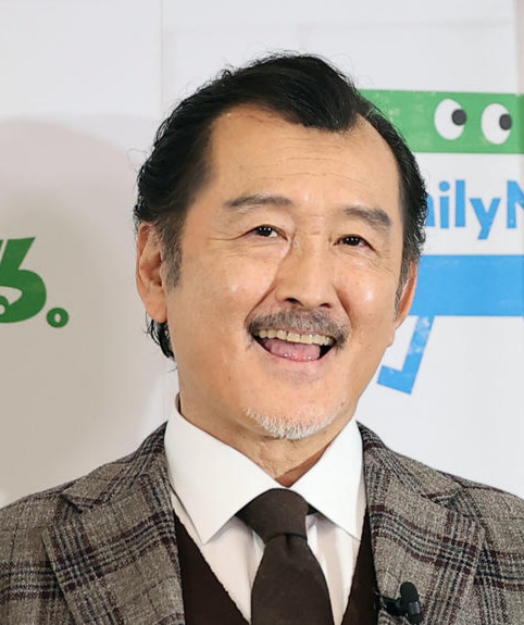 吉田鋼太郎(21年3月撮影)