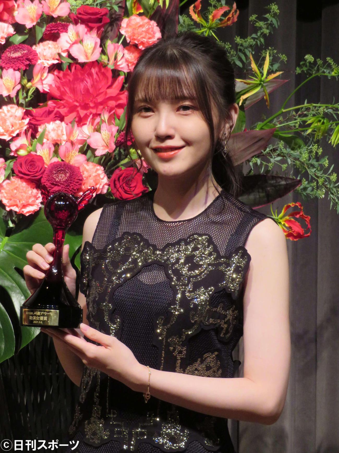 15回声優アワードで助演女優賞を受賞した鬼頭明里(撮影・村上幸将)
