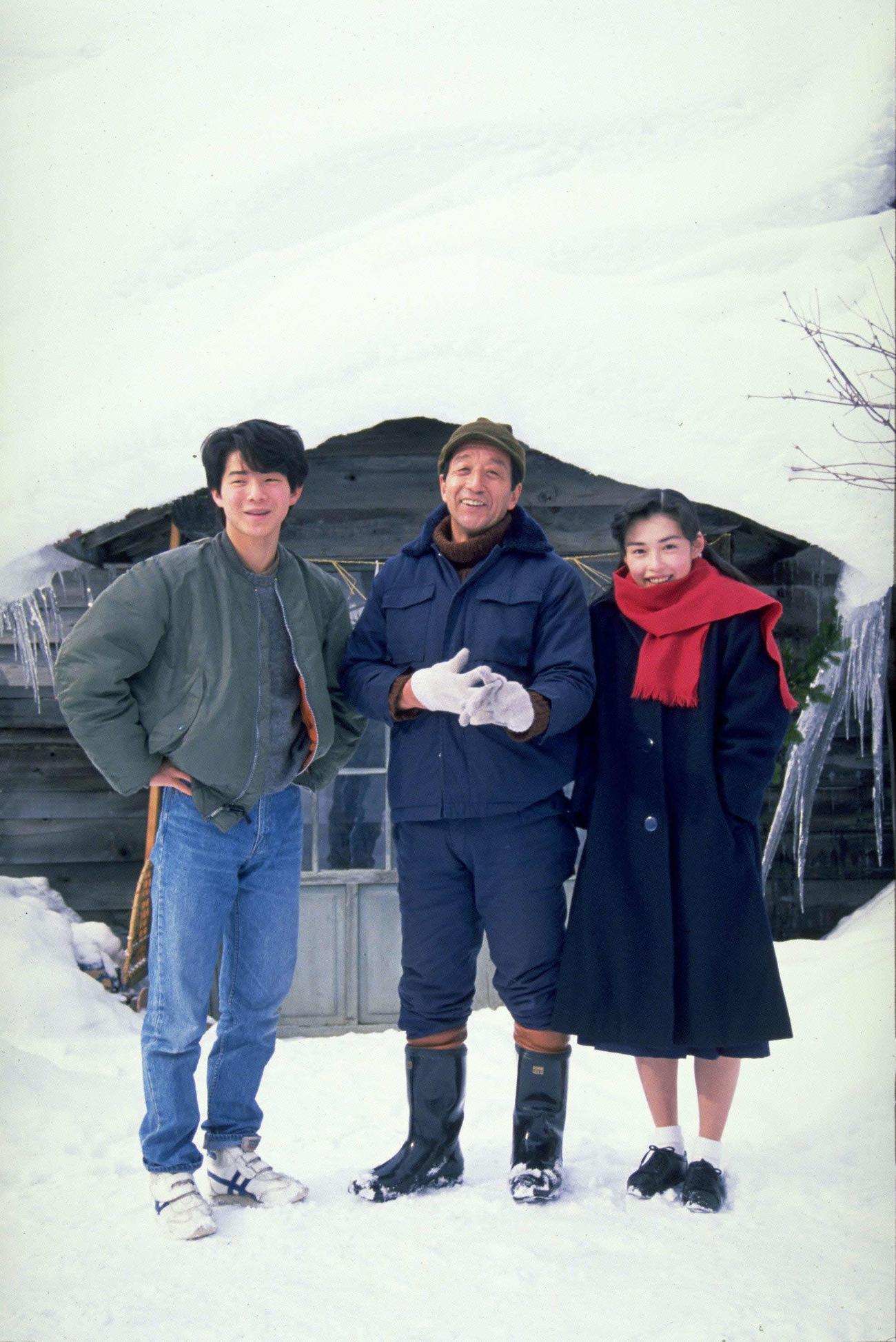 フジテレビ系ドラマ「北の国から'89帰郷」。左から吉岡秀隆、田中邦衛さん、中嶋朋子(C)フジテレビ