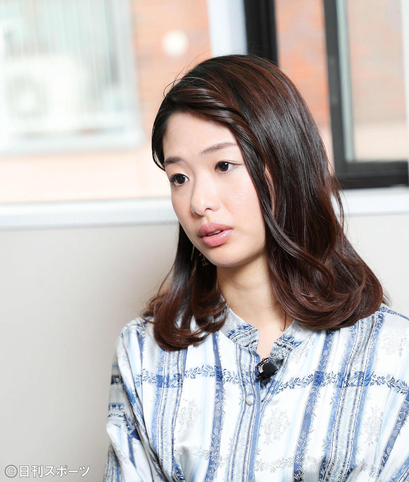 インタビューに答える川上奈々美(撮影・河田真司)