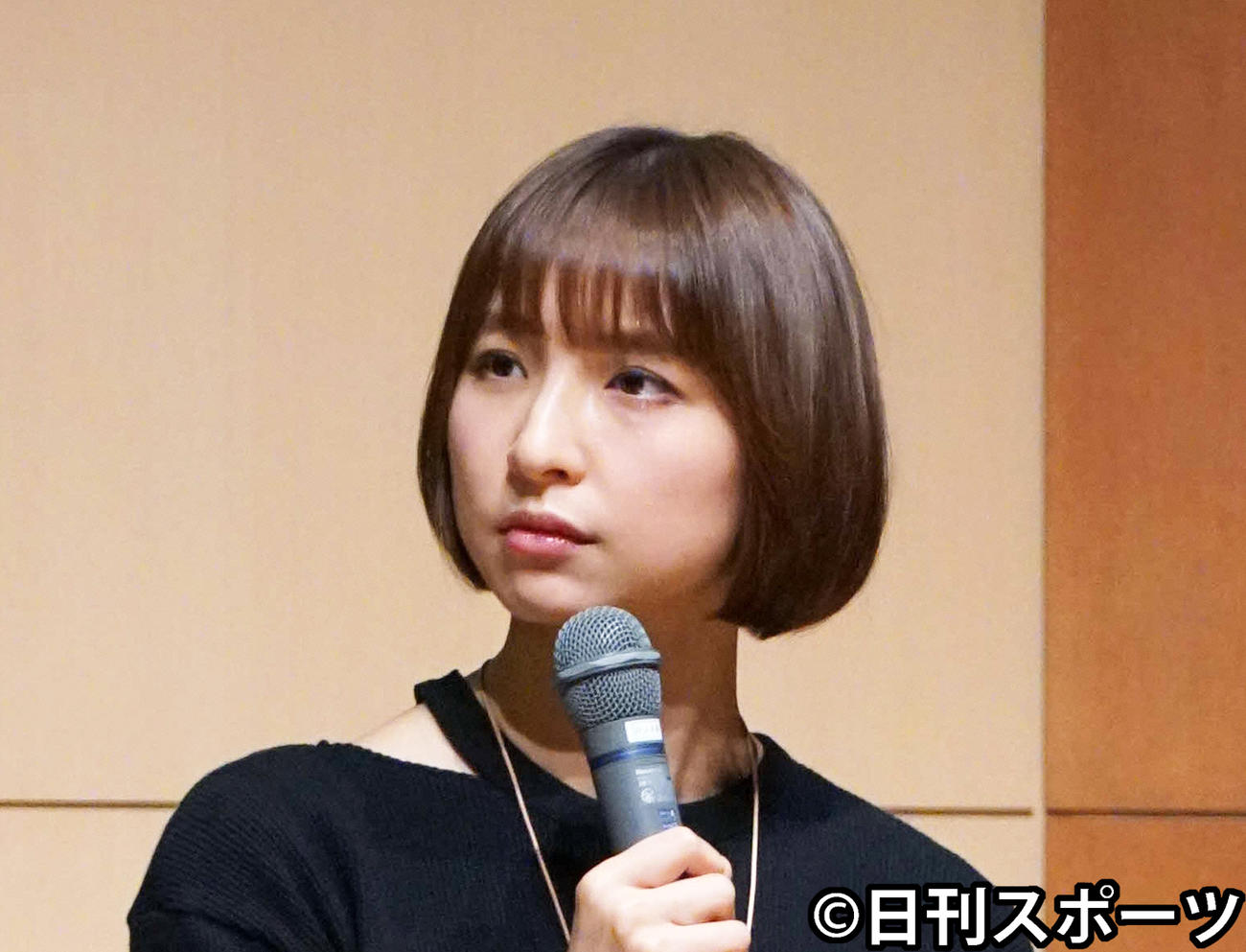 篠田麻里子(2019年3月撮影)