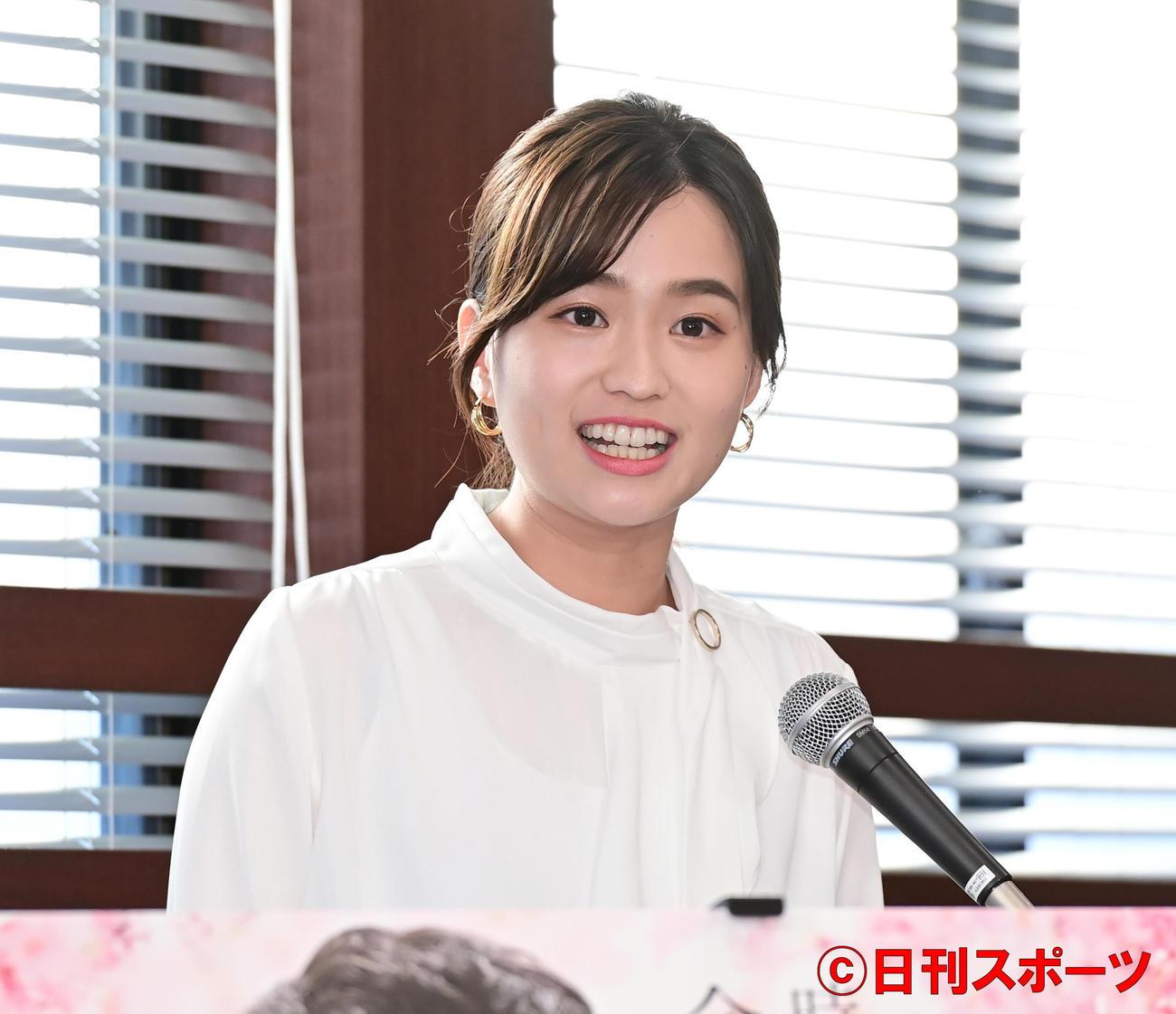 TBS系日曜劇場「ドラゴン桜」制作発表でMCを務めた篠原梨菜アナウンサー(撮影・小沢裕)