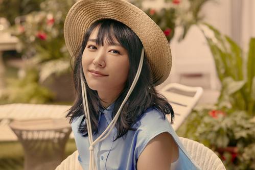 「H&M」の新キャンペーン「LET'S CHANGE」のアンバサダーに就任した新垣結衣