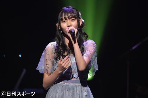AKB48グループ歌唱力No・1決定戦で、熱唱するSKE48野島樺乃(2019年1月11日撮影)