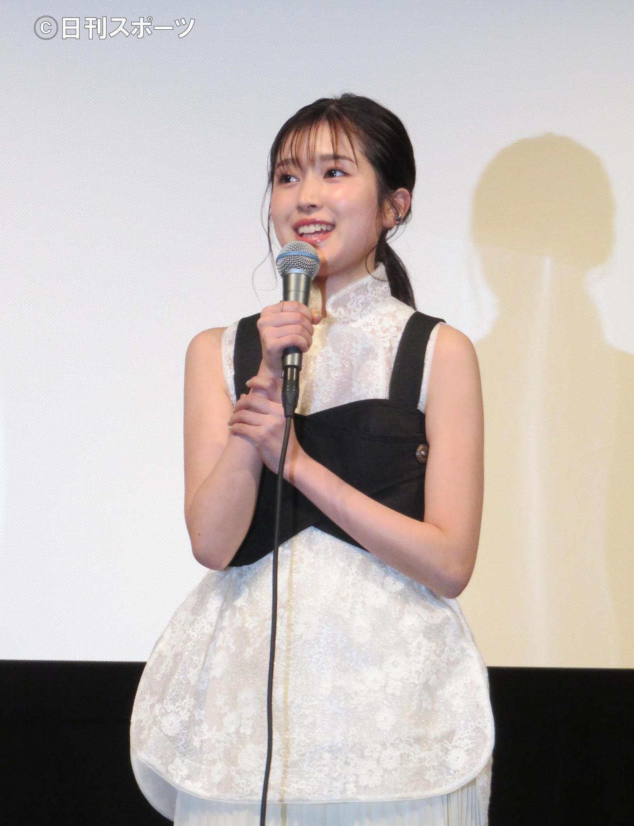 映画「しあわせのマスカット」で映画単独初主演した福本莉子