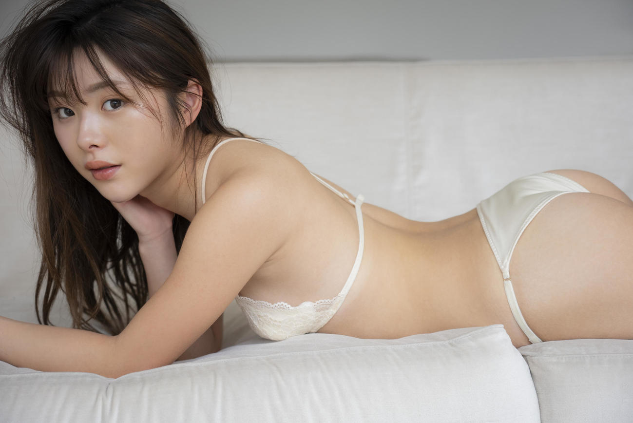 デジタル写真集「アフターレッスン」を発売する野田すみれ