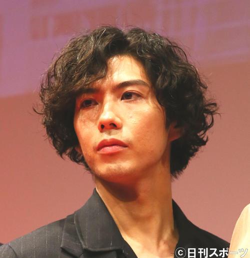 賀来賢人(2020年1月13日撮影)