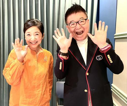 宮崎美子(左)と生島ヒロシ