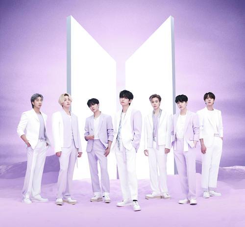 ベストアルバム「BTS, THE BEST」をリリースしたBTS
