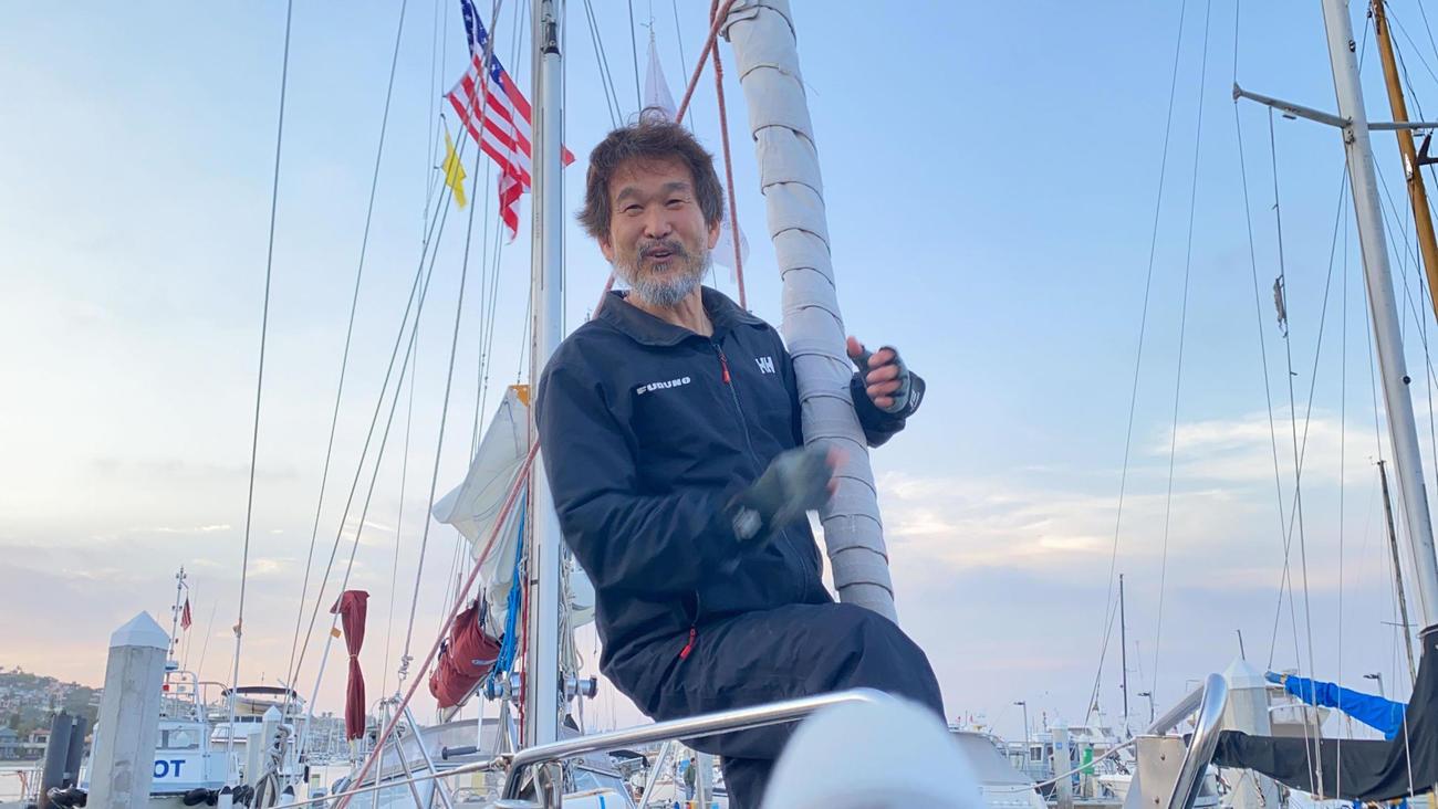 ヨット太平洋横断でゴールを果たした辛坊治郎キャスター(ニッポン放送提供)