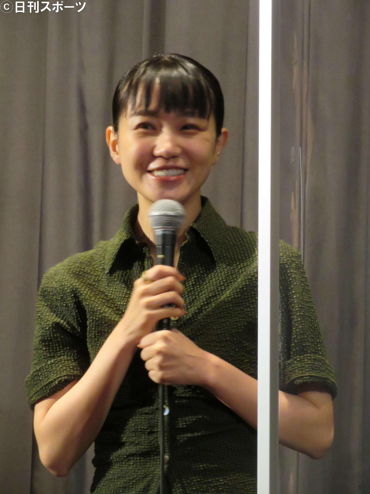 映画「彼女来来」初日舞台あいさつに登壇した奈緒(撮影・村上幸将)