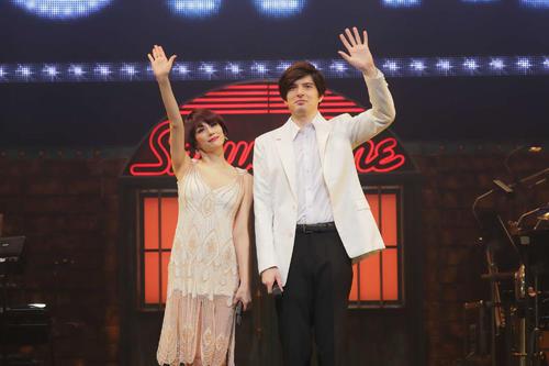 エンターテインメントショー「SHOWTIME」のゲネプロを行った城田優(右)と米倉涼子