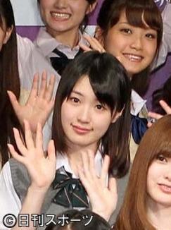 11年8月、AKB48の公式ライバル「乃木坂46」に選ばれた高山一実