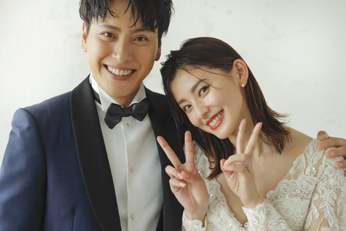 結婚を発表した三代目 J SOUL BROTHERS山下健二郎(左)と朝比奈彩