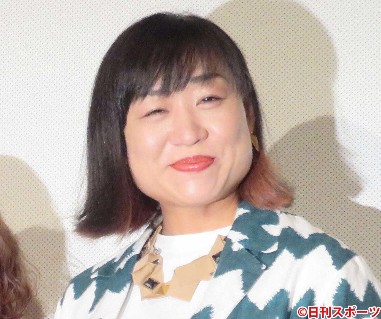 南海キャンディーズ山崎静代(2019年6月29日撮影)