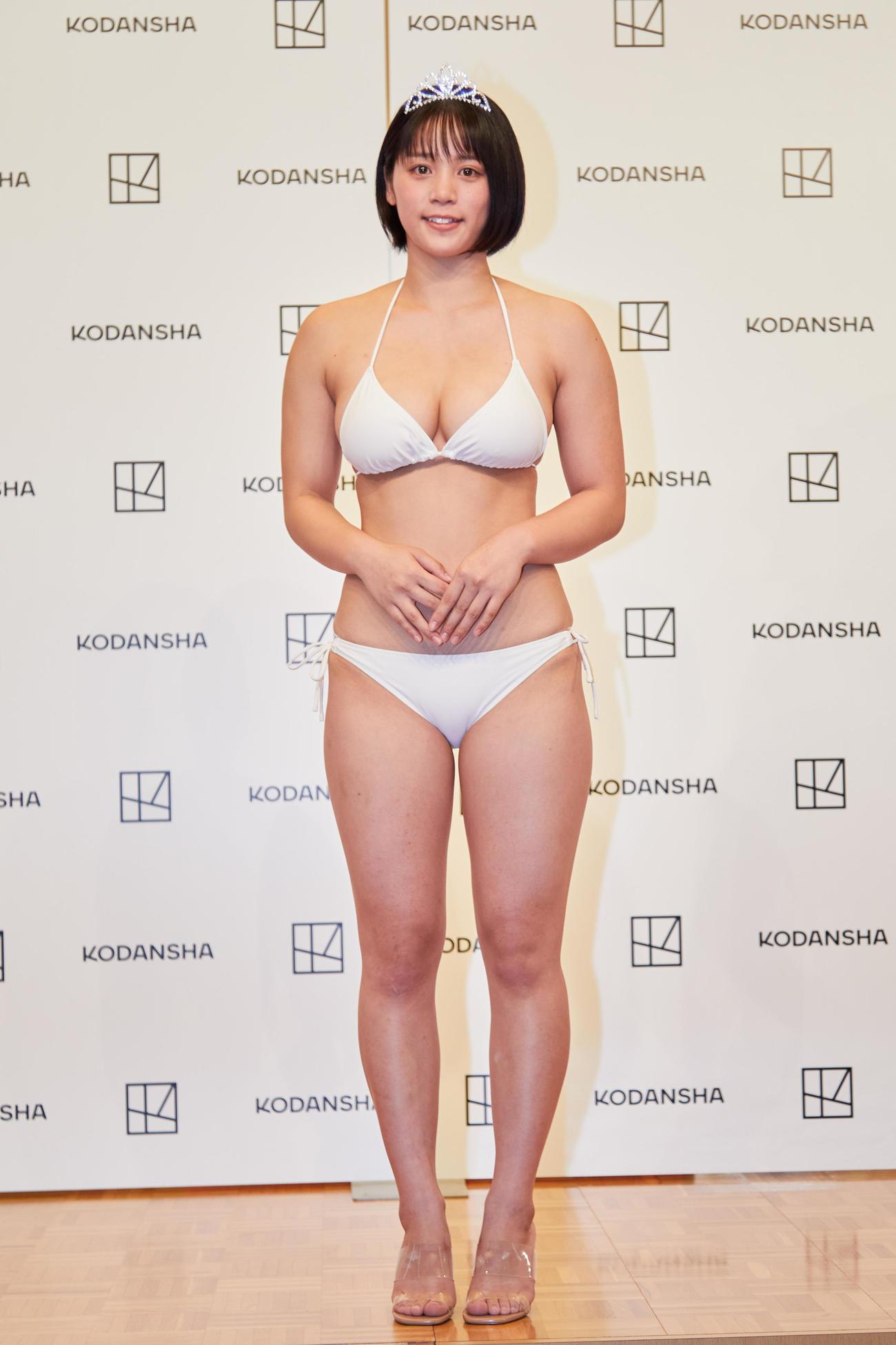 「ミスマガジン2021」で「ミスヤングマガジン」を受賞した山岡雅弥