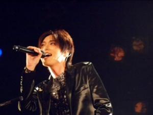 徳山秀典5大都市ライブツアーで熱唱 - 芸能ニュース : nikkansports.com