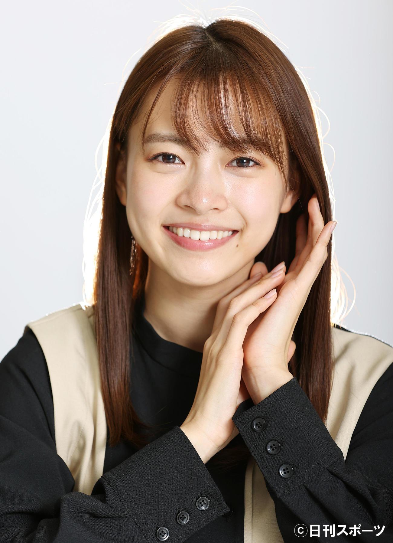初々しい笑顔が印象的な新條由芽(撮影・浅見桂子)