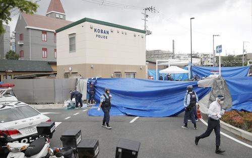 警察官が刺される事件があった大阪府吹田市の千里山交番(共同)