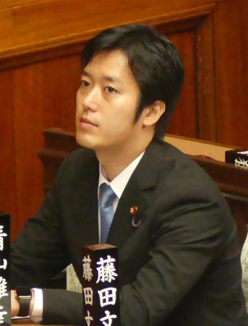 丸山穂高衆院議員(19年6月25日撮影)