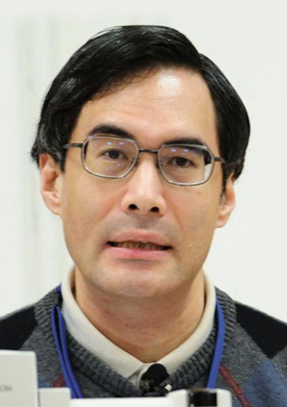 京都大数理解析研究所の望月新一教授(共同)
