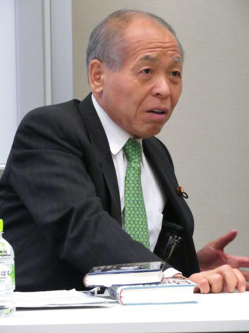 新党大地の定例会に出席した代表の鈴木宗男元衆院議員(撮影・近藤由美子)