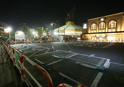 閉鎖された国技館前の駐車場(撮影・河田真司)