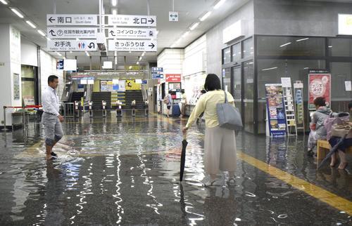 佐賀駅は浸水、川は増水、道路冠水/写真まとめ - 社会ライブ速報 ...