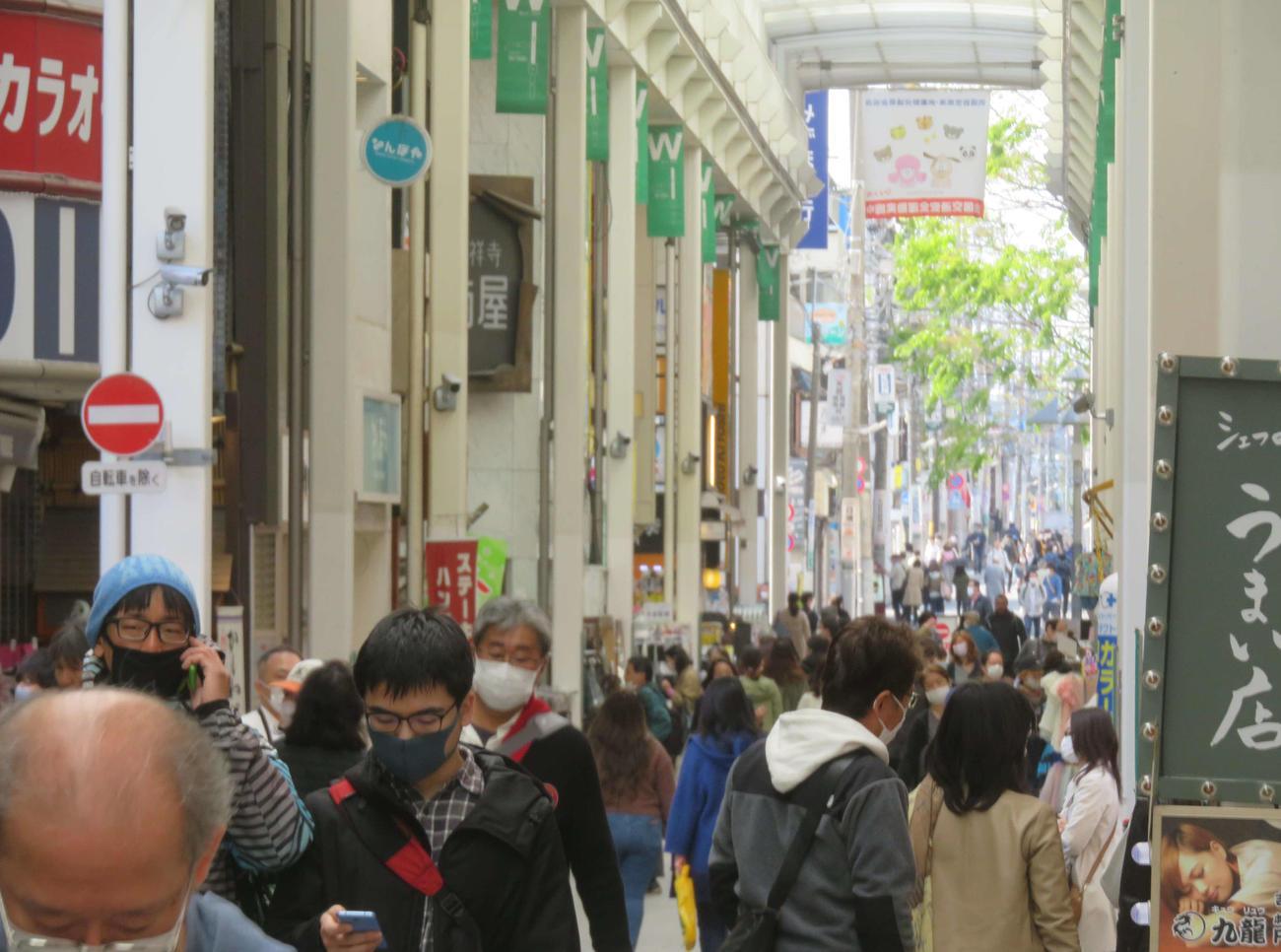 前週11日の東京・吉祥寺のアーケード街(撮影・大上悟)
