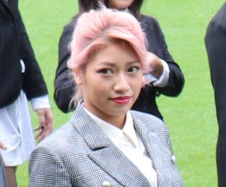 19年10月17日、明治記念館で行われたスターダム新体制会見で集合写真に並ぶ木村花さん