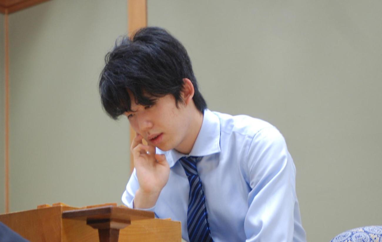 藤井聡太七段(20年1月)