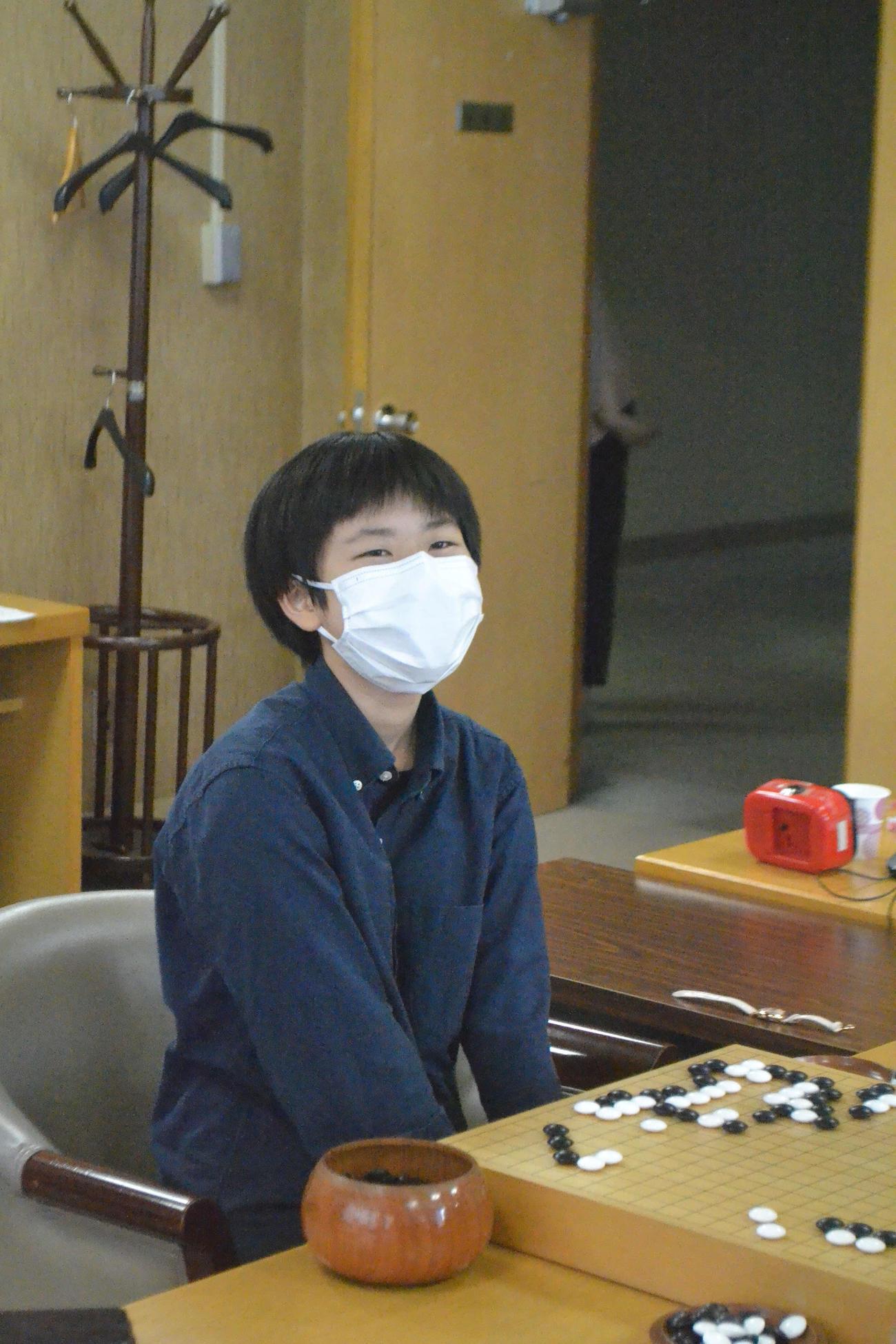 竜星戦予選で関航太郎三段に敗れてほろ苦いデビューとなった張心澄初段