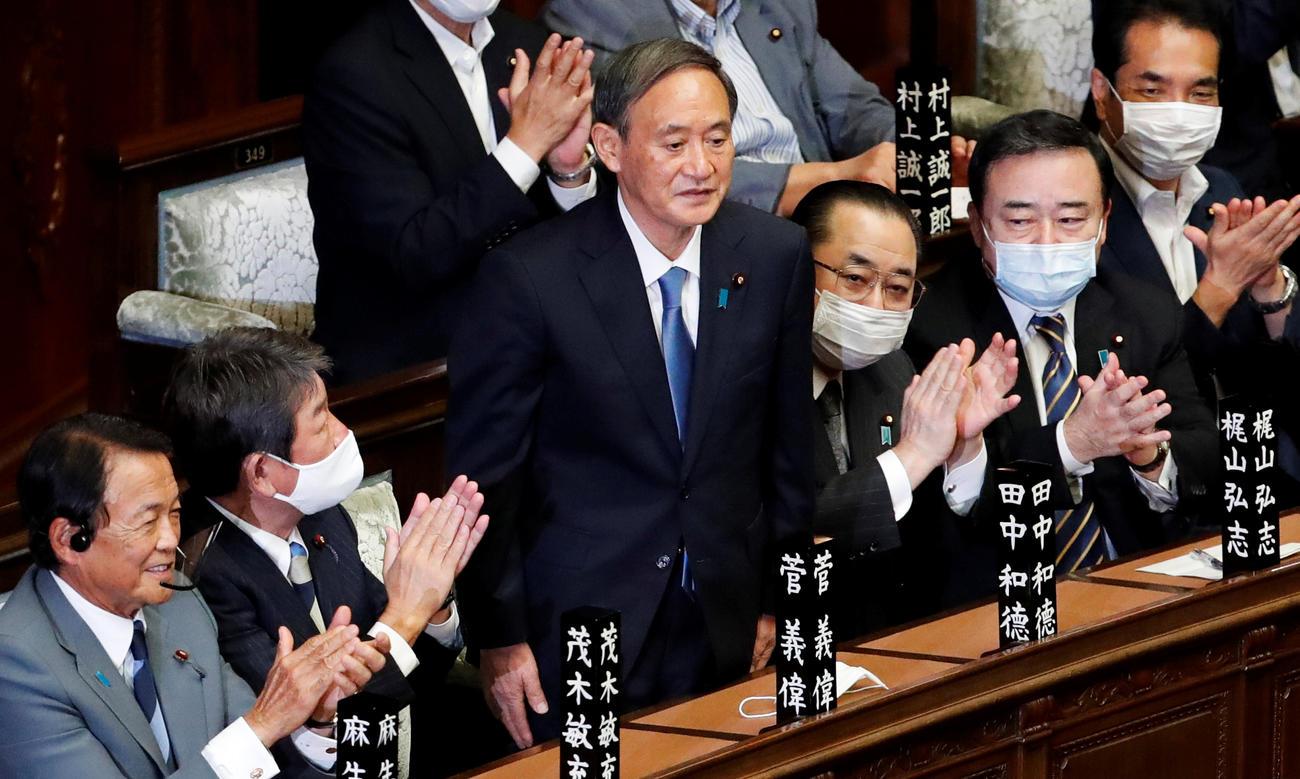内閣総理大臣に指名された菅義偉氏(ロイター)