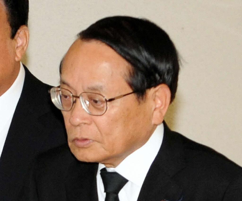 平沢勝栄氏(2013年11月14日撮影)