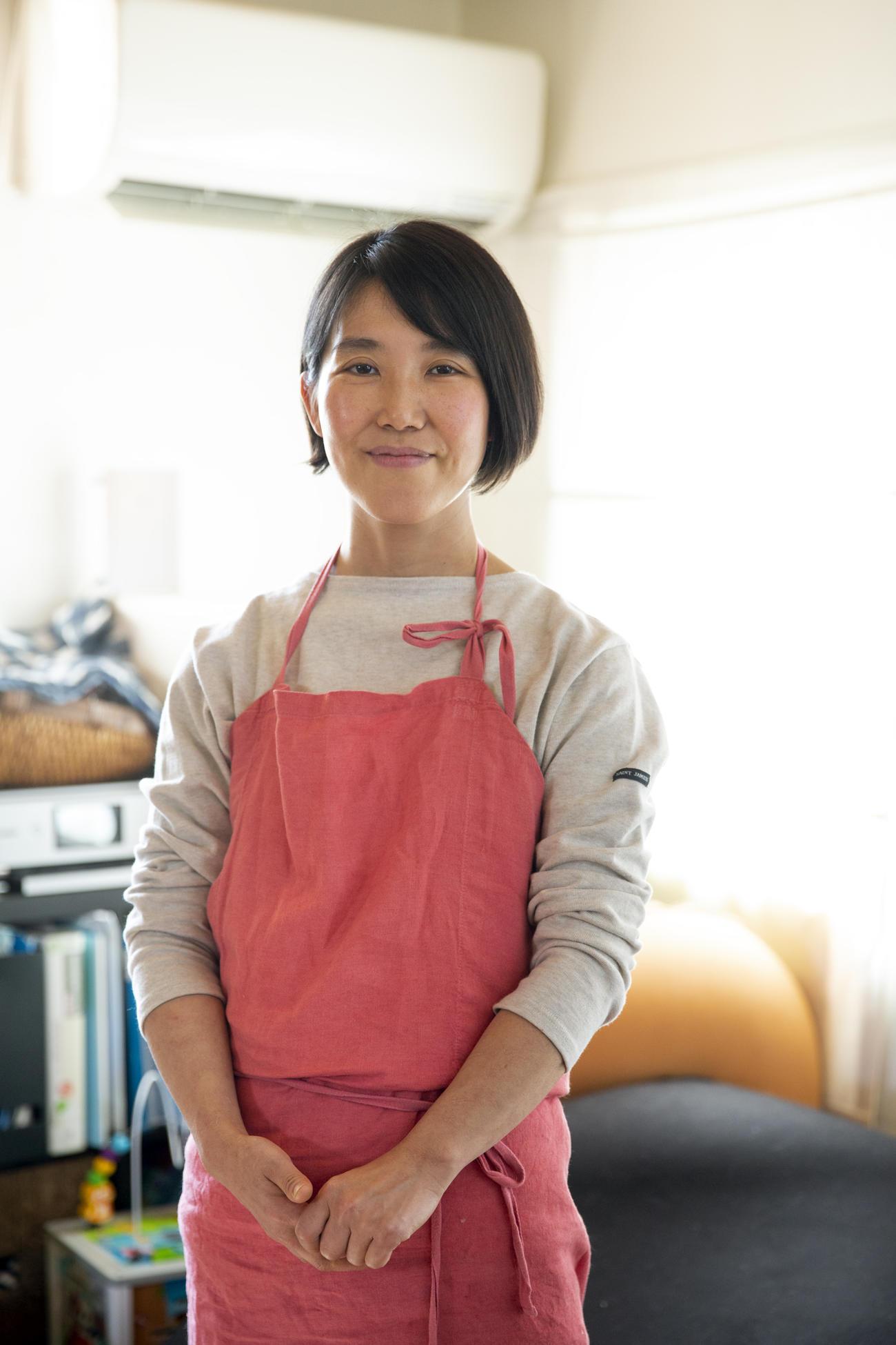 「予約が取れない伝説の家政婦」として知られるタサン志麻さん(ワニブックス提供)
