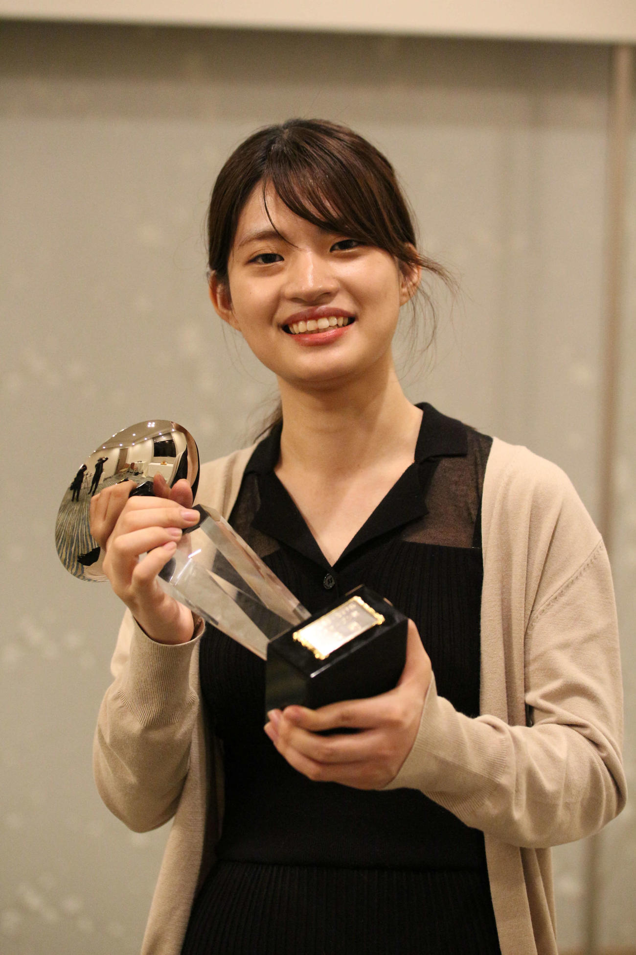 囲碁「第1回博多・カマチ杯女流オープン戦」を制した藤沢里菜立葵杯(日本棋院提供)