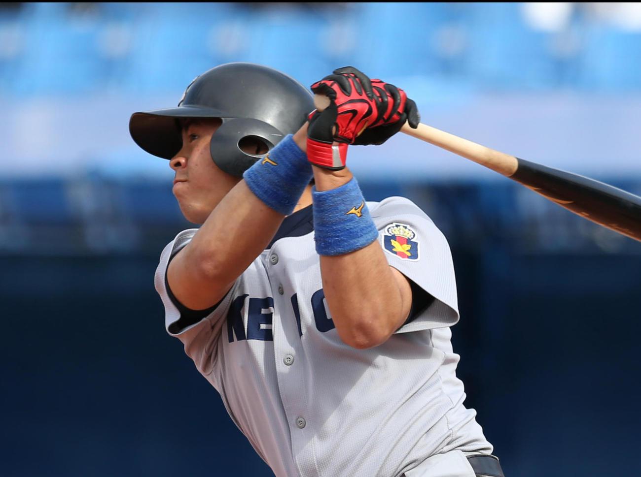 東京6大学野球春季リーグに出場した慶大・鶴岡嵩大(2019年4月28日)