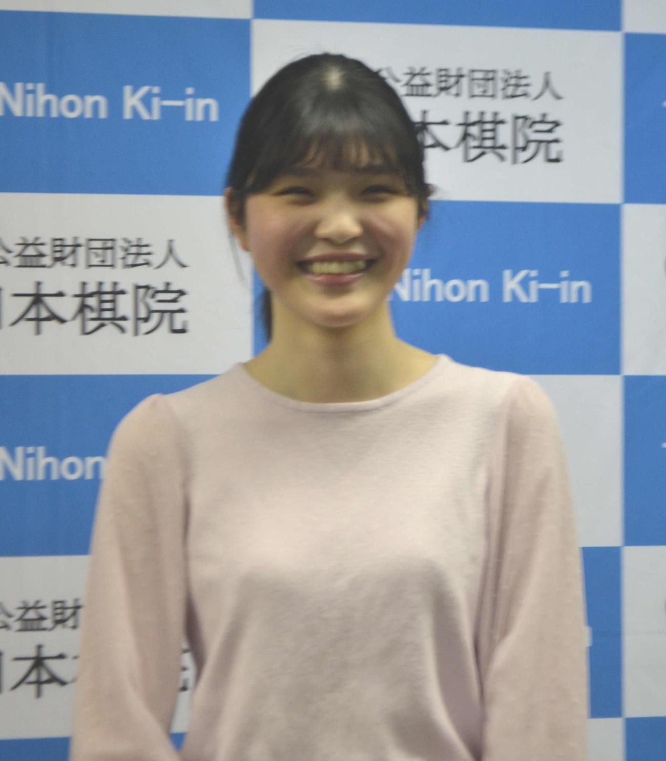 囲碁の新人女流棋士として4月からデビューする徐文燕初段