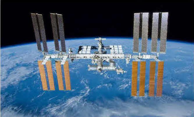 野口聡一宇宙飛行士が長期滞在した国際宇宙ステーション(ISS)(C)JAXA/NASA
