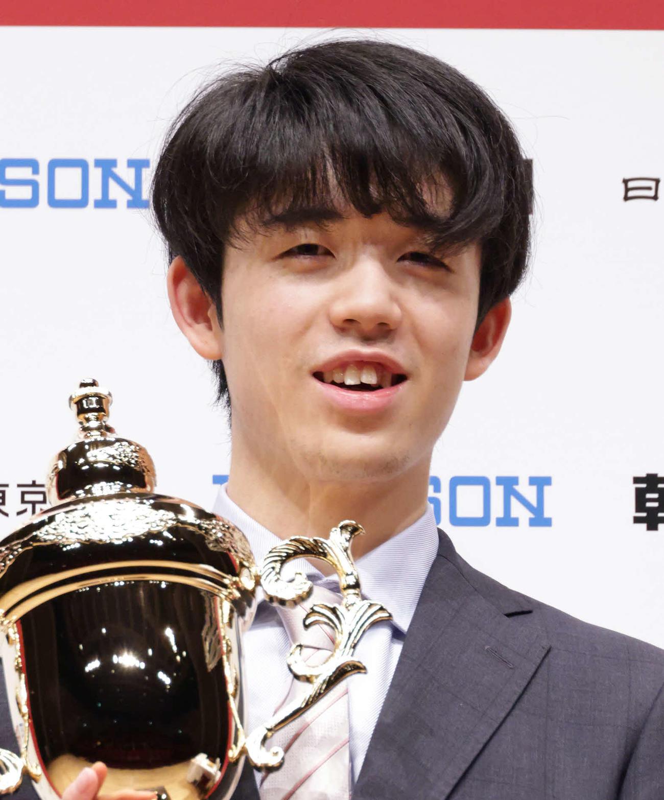 藤井聡太2冠(2021年2月11日撮影)